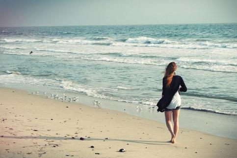 girl_on_beach